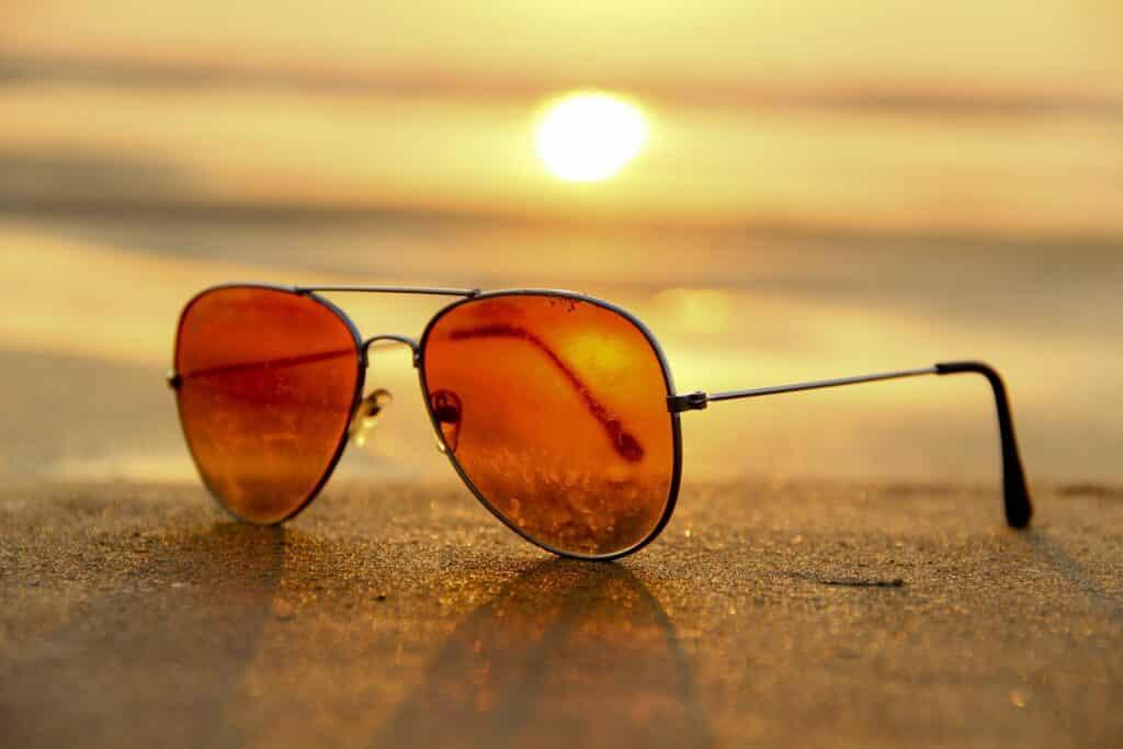 """Prämierte Innovationskraft aus Viersen Brillenglashersteller Wetzlich Optik-Präzision überzeugt bei Innovationswettbewerb """"TOP 100"""" – Vorreiter beim Infrarotschutz – Gleitsichtgläser mit stabilem Sehfeld"""