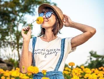 Sonnenschutz beim Frühlingssport für die Augen